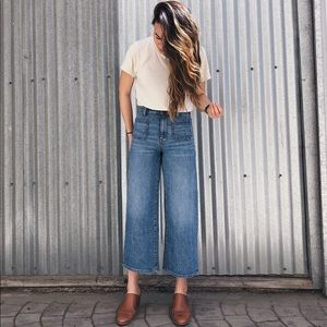 Madewell Wide-Leg Crop Jeans in Chesney Wash